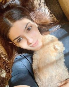 has got the cutest cuddle buddy at home amidst the Bollywood Images, Model School, Rishi Kapoor, National Film Awards, Becoming An Actress, Cuddle Buddy, Two Girls, Hair Color For Black Hair
