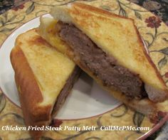 Chicken Fried Steak Patty Melt - a Southern favorite Chicken Fried Steak made into a delicous patty melt sandwich! Leftover Roast Recipe, Recipe Using Leftover Chicken, Recipe Chicken, Fruit Sandwich, Chicken Sandwich, Hot Dog Recipes, Tofu Recipes, Healthy Recipes