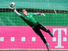 Bayern Munich goalkeeper Manuel Neuer wary of Didier Drogba threat