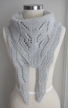 Arctic Foxy Wolf Shawl Pattern | Fox Knitting Patterns , many free knitting patterns at http://intheloopknitting.com/free-fox-knitting-patterns/
