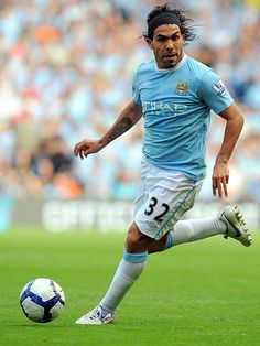 Carlos Tevez Soccer Teams, Football Soccer, Football Players, Manchester City, Manchester United, Argentina Soccer, World Football, Yesterday And Today, Sports Art