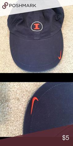 Nike Univ of Illinois hat Guc Nike Accessories Hats