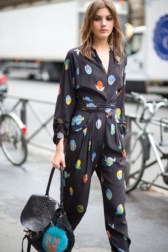 35 Stunning Street Style Snaps From Paris Couture Week (because im addicted) Street Chic, Cool Street Fashion, Paris Couture, Couture Week, Couture Style, Street Style Trends, Stella Mccartney, Valery Kaufman, Streetwear