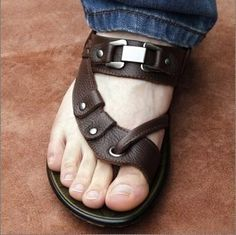 Free shipping 2013 new fashion genuine leather men's sandals summer casual leather sandals men's beach shoes leather slippers $26.89 - 30.99