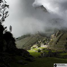 Machu Picchu, ao amanhecer / Sunrise at Machu Picchu