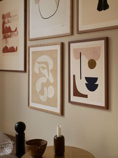 For this gallery wall, we have used different types of designs both naive simple motifs, bold and graphic art prints and hand drawn line art. We have used frames in different sizes, both oak wood and white oak to enhance the playful gallery look and dynamic appearance. Discover more from Copenhagen based The Poster Club! We offer Worldwide Shipping! #art #artprint #artposter #artwall #theposterclub
