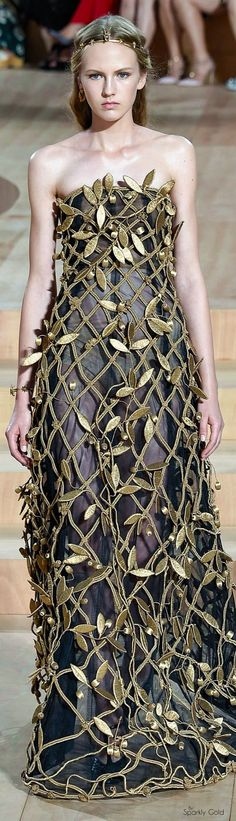 (Valentino 2015 Couture) ---- /casiopeanin/gown-with-the-wind/ -- -- -- #Princess Embellishment -- -- #Fairies
