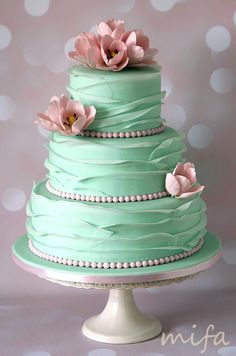 Mint Ruffle Wedding Cake - Cake by Michaela Fajmanova (Summer Bake Cupcakes) Beautiful Wedding Cakes, Gorgeous Cakes, Pretty Cakes, Cute Cakes, Amazing Cakes, Beautiful Birthday Cakes, Cake Wedding, Bolo Cake, Ruffle Cake