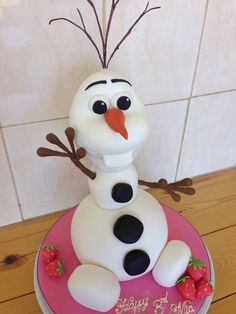 Olaf from frozen novelty cake Cupcakes, Cupcake Cakes, Frozen Birthday, Birthday Cakes, Beautiful Cakes, Amazing Cakes, Olaf Cake, Frozen Theme Cake, Movie Cakes