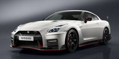 2017 Nissan GT-R Nismo, Same 600 Horses Now With More. An Ageing Godzilla Gets One Last Update
