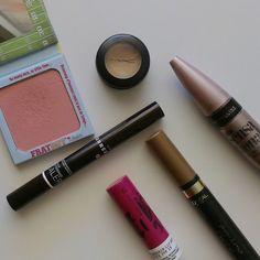 "Sunday's ""no make up"" make up!"