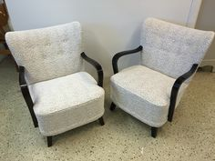 Nojatuolit Lauritzonin Velasco kankaalla verhoiltuna Armchairs, Furniture, Home Decor, Wing Chairs, Couches, Decoration Home, Room Decor, Armchair, Home Furnishings