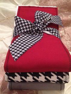 ALABAMA READY to SHIP Baby Burp Cloth Set of 3 by BabyCakesByBella, $14.95