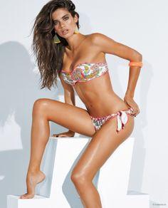 sara-sampaio-calzedonia-bikinis-2015-07