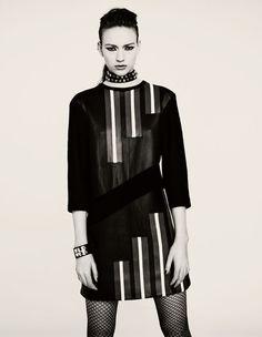 Sophia Ahrens http://www.vogue.fr/mode/mannequins/diaporama/les-nouveaux-tops-suivre/20705/carrousel#sophia-ahrens-nouveau-top-suivre