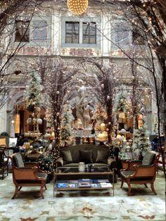 Four Seasons Florence stunning holiday decorations via @Four Seasons Hotel Firenze