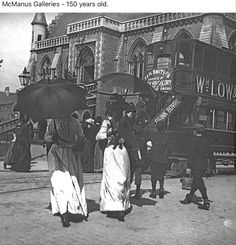 Dundee in the with albert insitute in background Dundee City, Online Scrapbook, Great Britain, Edinburgh, Old Photos, Scotland, Past, Gallery, Memories