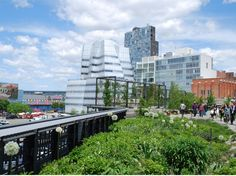 The High Line on May 11, 2012; Photo Courtesy of and ©Steven L. Cantor.