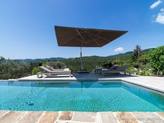 Tuscan Villa by Sante Bonitatibus | HomeAdore