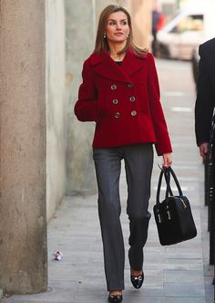 PRINCESS MONARCHY - Queen Letizia visited the headquarters of the Spanish Federation of rare diseases ERDF. January 27, 2015
