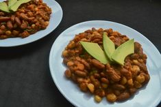 When a spur of the moment craving results in a masterpiece recipe, it becomes a good day! My sage and garlic githeri is one unforgettable Kenyan delicacy! Kenyan Recipes, Ethnic Recipes, Chana Masala, Sage, Cravings, Garlic, Beans, In This Moment, Vegetables