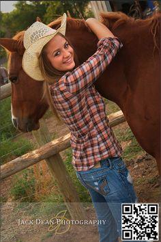 Horse senior picture!