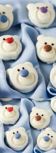 These adorable Polar Bear Cookies from Noshing with the Nolands make a sweet addition to your holiday cookie trays. Plus they are such a fun food craft to do with the kids in the winter! Christmas Baking Gifts, Christmas Desserts Easy, Best Christmas Recipes, Holiday Recipes, Holiday Baking, Holiday Cookies, Holiday Treats, Christmas Treats, Christmas Stuff