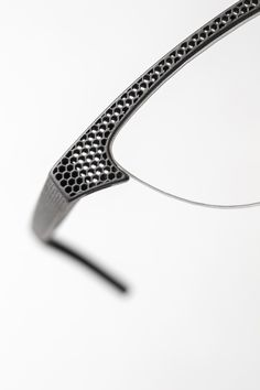 Hoet has launched the first 'Made in Belgium' laser-printed eyeglasses made of titanium. They are available in various lens and bridge sizes and are produced to order. Architectural Presentation, Architectural Models, Architectural Drawings, 3d Printed Jewelry, Parametric Design, 3d Laser, Architecture Diagrams, Architecture Portfolio, Industrial Design