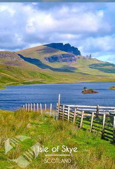 L'île de #Skye dans les #Hébrides en #Ecosse, le paradis si tu aimes faire du vélo ! #highland #scotland #greenland #amazing #placetosee #tourism #traveling #travel #picoftheday #photooftheday #voyage #tripconnexion