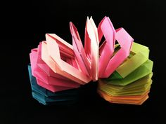 "Modular Action Fun Toy Origami - Paper ""Slinky / Spring"" - Using waste c..."