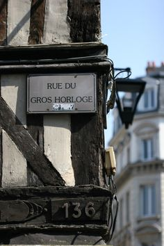 Ma ville, et une de ses rues les plus belles. Normandy Tours, Region Normandie, Beautiful Paris, Excursion, Great Shots, France Travel, Paris France, Photo Art, The Good Place