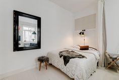 maklarcentrum, http://trendesso.blogspot.sk/2015/07/scandinavian-apartment-with-industrial.html