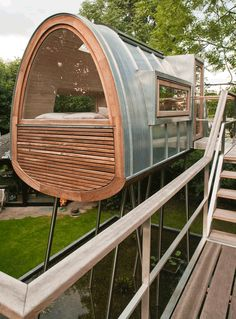 If It's Hip, It's Here: More Amazing Arboreal Architecture. Baumraum Tree Houses Part II. I want to live in here!!!