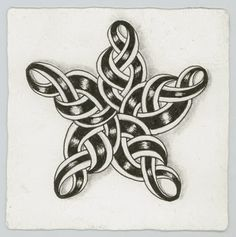 Making A Moote Point: Born Under A Lucky Star - Celtic-like star tutorial ala Zentangle by Cherryl Moote