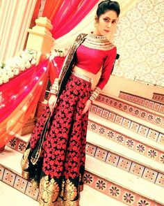On demand #fullpicture of me at ananya di's wedding #ethnic #indian #bridesmaid…