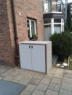 #Müllbox SILENT 122 für zwei 2-Rad-Behälter bis 120 l Volumen, Korpus: Perlgrau, Fronten: Weißaluminium