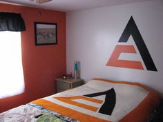 Allis Chalmers logo painted on wall Tractor Nursery, Tractor Room, Boy Room, Kids Room, Allis Chalmers Tractors, Big Boy Bedrooms, Bedroom Themes, Basements, Country Life