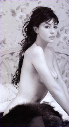 Hustler Naked Jackie Kennedy Photostures