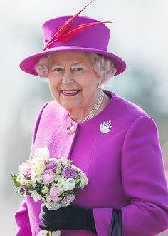 Sophie Wessex explains the Queen's famous sense of style: 'She needs to stand out' - Photo 3