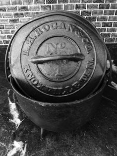 Hey, I found this really awesome Etsy listing at https://www.etsy.com/listing/279622742/cast-iron-dutch-oven-or-cauldron