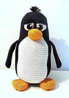 Pablo der Pinguin XXL (PDF Anleitung) https://www.crazypatterns.net/de/items/8951/pablo-der-pinguin-xxl-pdf-anleitung