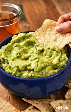 These dips run the gamut from savory to sweet and everything in between. From our classic queso dip and dip to spinach dip and guacamole, here are the easiest dips to make for your Super Bowl party. Best Guacamole Recipe, Homemade Guacamole, Avocado Recipes, Keto Recipes, Cooking Recipes, Healthy Recipes, Guacamole Dip, Cooking Games, Guacamole Recipe With Mayonnaise