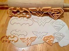 6pcs Super Hero Batman Superman Wonderwoman Cookie Cutter Sugarcraft Cake Decor