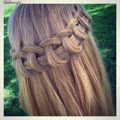 Lace braid using the looping