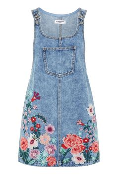 Embroidered Denim Pinafore Dress by Glamorous Petite – – outfit.tophaarmodelle Embroidered Denim Pinafore Dress by Glamorous Petite – Embroidered Denim Dress, Embroidery Dress, Floral Embroidery, Denim Pinafore, Pinafore Dress, Petite Outfits, Cute Outfits, Petite Dresses, Modest Fashion