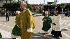 CalabriaInforma - Bovalino: Si spengono i colori per la morte del padre Parroco di Bovalino