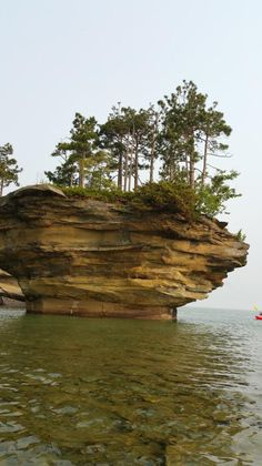 Ready to hit the water? @AwesomeMitten shares their adventure to Turnip Rock in @PortAustin. http://puremi.ch/1KwgAy1