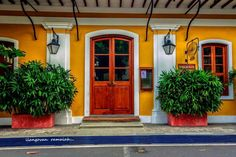 Pondicherry Colonial Architecture, Building Architecture, Amazing India, Pondicherry, Pooja Rooms, South India, Indian Paintings, French Quarter, India Travel
