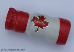 Canada Day Shakers - Play and Learn Every Day Family Crafts, Canada Day, Food Festival, Colorful Decor, Easy Crafts, Activities, Play, Learning, How To Make