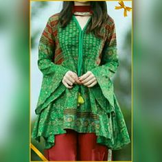 Look Your Best With This Fashion Advice – Top Clothes Boutique Simple Pakistani Dresses, Pakistani Fashion Casual, Pakistani Dress Design, Simple Dresses, Casual Dresses, Fashion Dresses, Amazing Dresses, Muslim Fashion, Simple Outfits